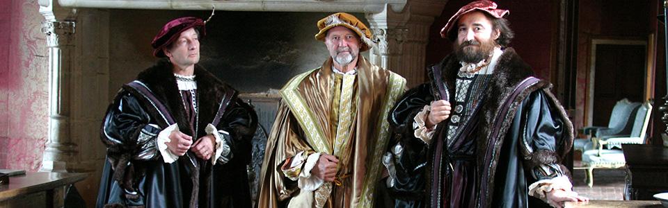 Netty Van't Hoff - Location de costumes historiques & sur mesure